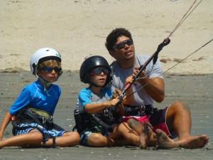 Praia do Prea Brésil apprendre kitesurf famille enfants
