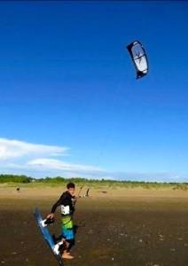 un-kitesurfer-prenomme-alexandre